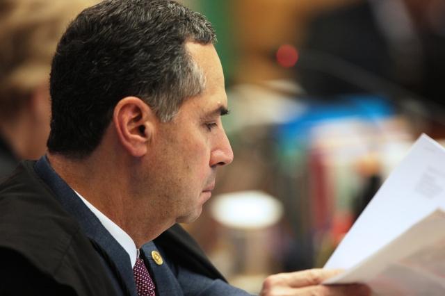 Ministro Luis Roberto Barroso autoriza prisão de José Yunes